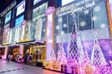 6 trung tâm thương mại đẹp ở Sài Gòn mùa Giáng sinh 2019, cứ đến là có ảnh 'xịn' mang về