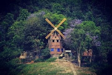 Du ngoạn hồ Thung Nai - nơi được mệnh danh là 'tiểu Hạ Long' giữa lòng Hòa Bình