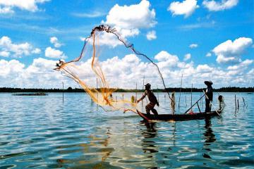 Du lịch đảo ngọc Phú Quốc, ghé làng chài Hàm Ninh ngắm hoàng hôn, ăn 'sập' chợ hải sản