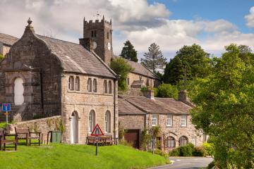 9 ngôi làng đẹp nhất nước Anh cho bạn kỳ nghỉ bình yên bên gia đình