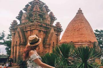 Tháp Bà Ponagar - 'Bảo tàng sống' của văn hóa Chăm Pa cổ tại Nha Trang