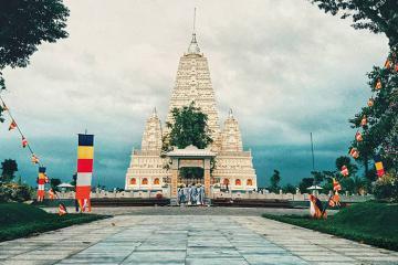 Check-in Thiền Viện Trúc Lâm Chánh Giác Tiền Giang - 'xứ sở chùa Vàng' thu nhỏ ngay sát Sài Gòn
