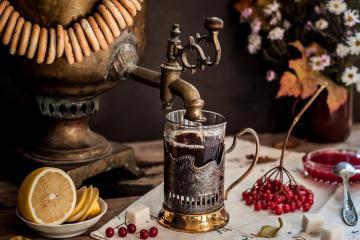 Nước ép bạch dương, sữa chua Ryazhenka và 5 thức uống truyền thống của Nga vô cùng độc đáo