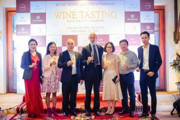 Gặp gỡ nhà phê bình rượu vang Italy hàng đầu thế giới Luca Maroni tại tiệc rượu Schenk, Đà Nẵng