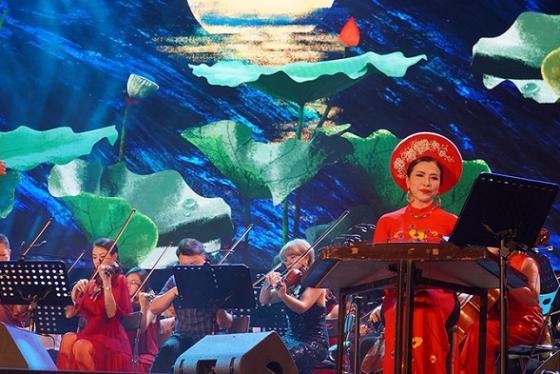 Khai mạc Lễ hội Âm nhạc Quốc tế TP HCM lần thứ I - Hò dô 2019