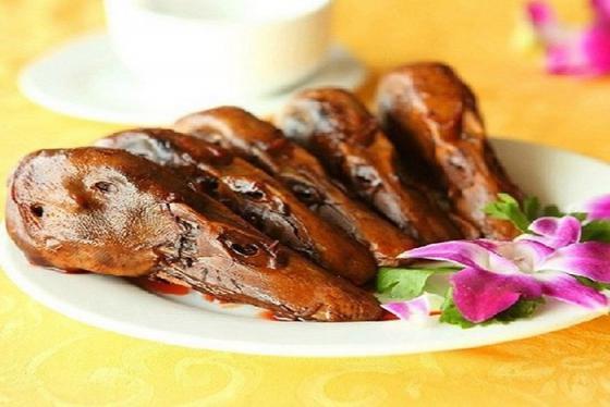 Đầu vịt sốt ngũ vị và những món ăn Quảng Châu mê hoặc thực khách