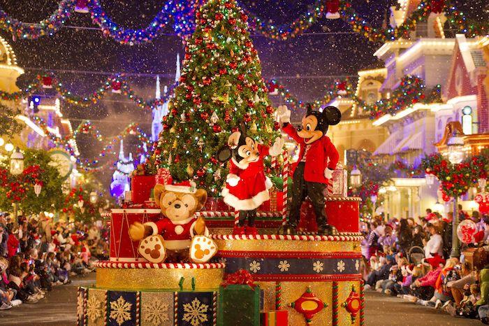 Lễ hội ở Hồng Kông trùng với ngày lễ Giáng sinh.