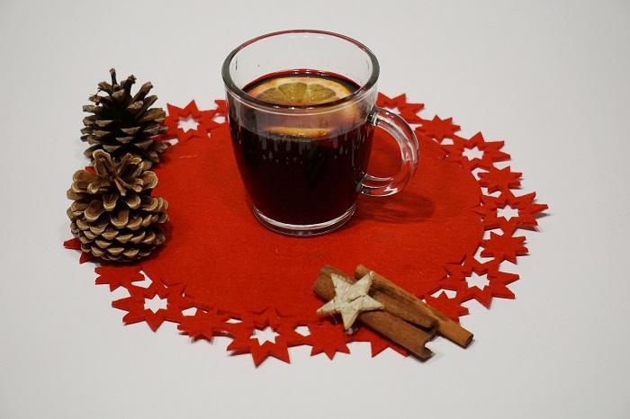 đồ uống giáng sinh đặc biệt là rượu mulled