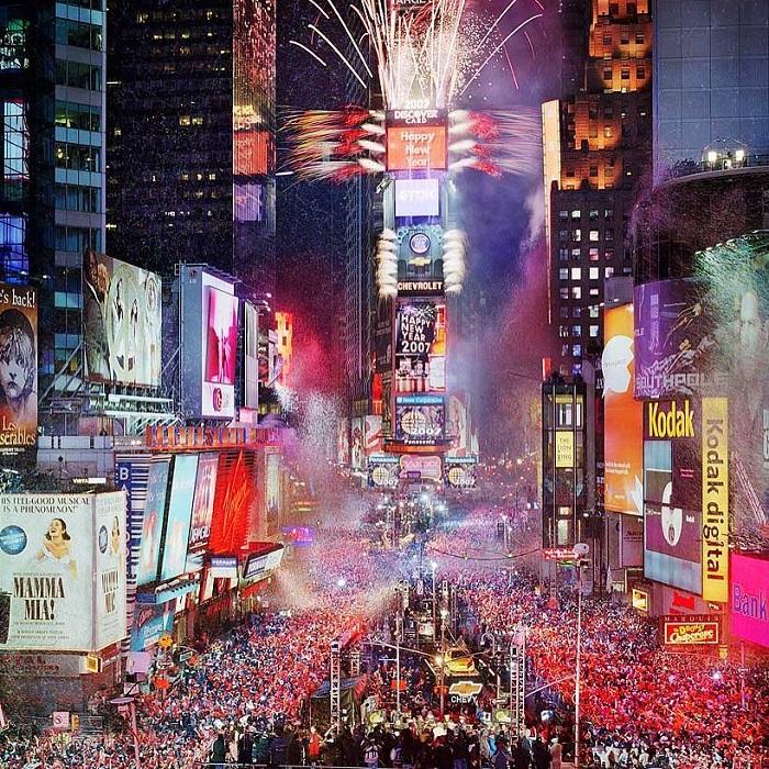 du lịch Mỹ năm mới tại các thành phố sôi động